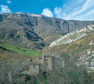Veduta panoramica della vallata di Carpineto della Nora