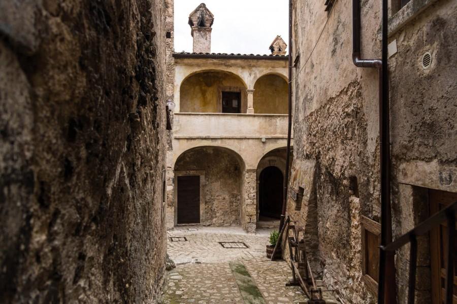 Scorcio di Santo Stefano di Sessanio (ph. Gino Di Paolo)