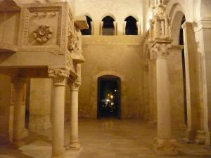 Interno dell'abbazia S. Clemente a Casauria (ph. Ivan Masciovecchio)
