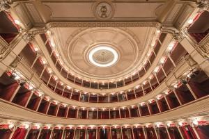 L'interno del Teatro (foto di Luca Del Monaco)