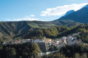maurizio-anselmi_panoramica-castelli