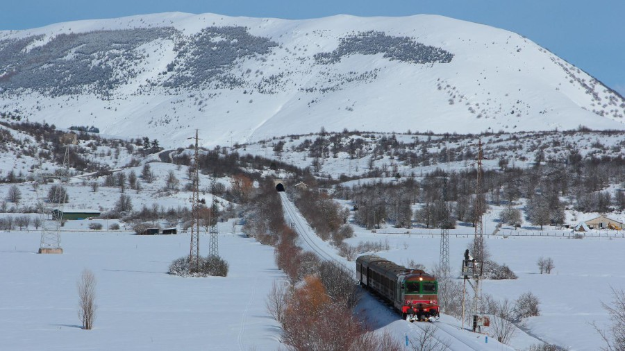 In viaggio nella neve verso Roccaraso (ph. Lorenzo Di Iorio)
