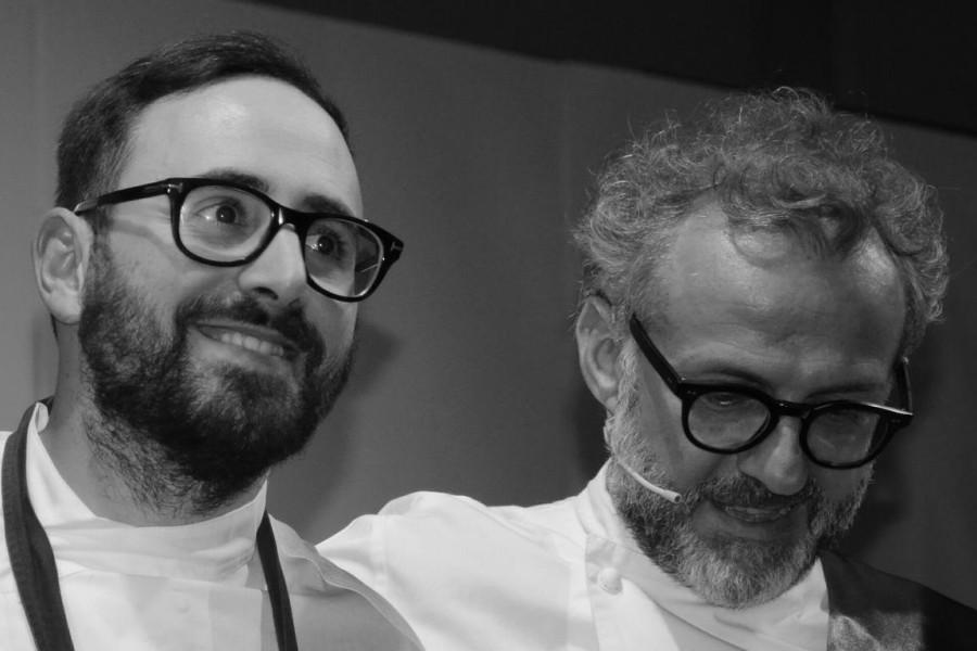 Davide Di Fabio e Massimo Bottura sul palco di MEETinCUCINA 2016
