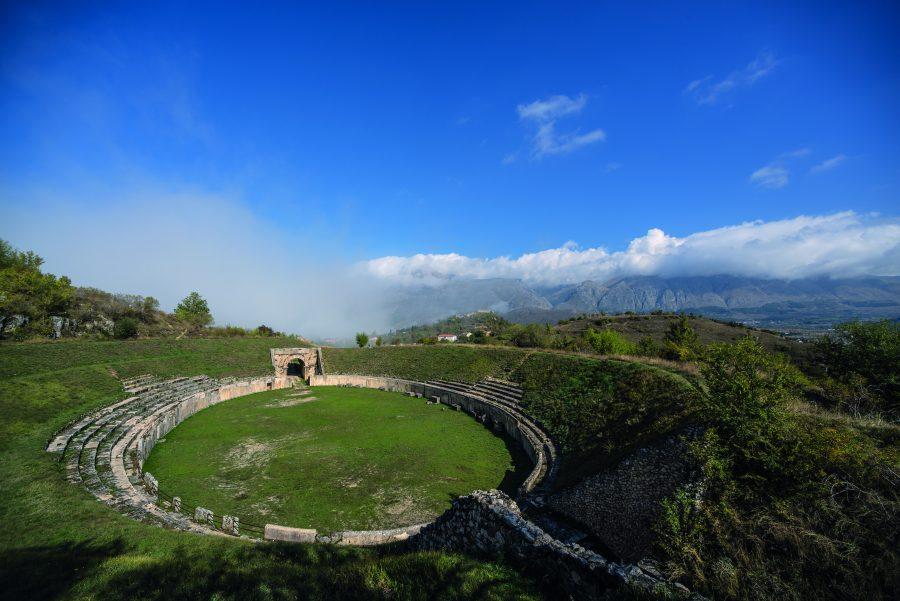 Anfiteatro romano di Alba Fucens