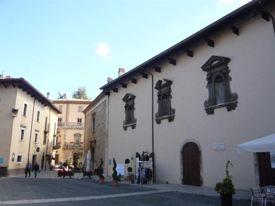 Palazzo Fanzago (ph. Ivan Masciovecchio)