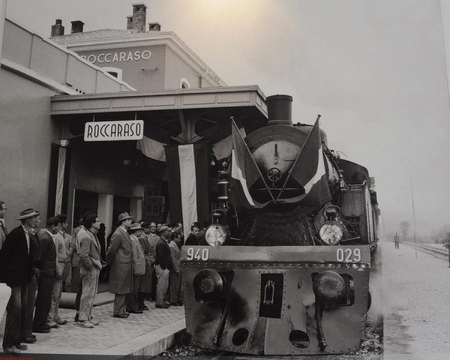 Foto storica in mostra alla stazione di Roccaraso