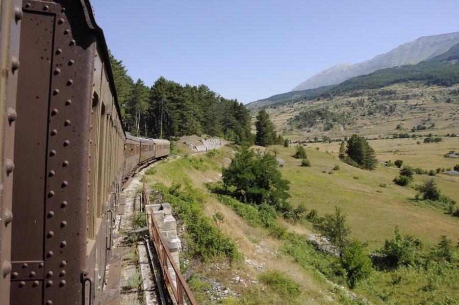 Treno storico nei pressi di Campo di Giove (ph. Ivan Masciovecchio)
