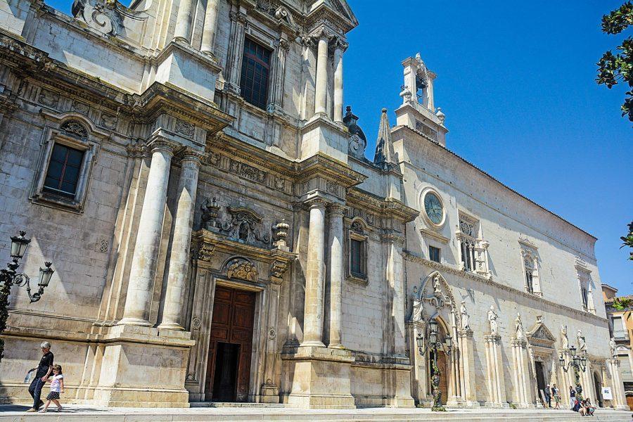 Sulmona: Chiesa della SS Annunziata  (ph. sito camminiditalia.it)