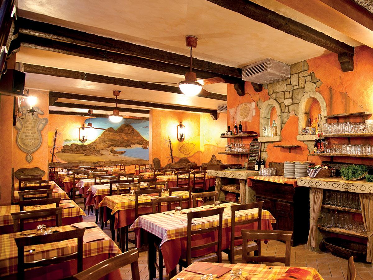 interno della pizzeria Don Franchino