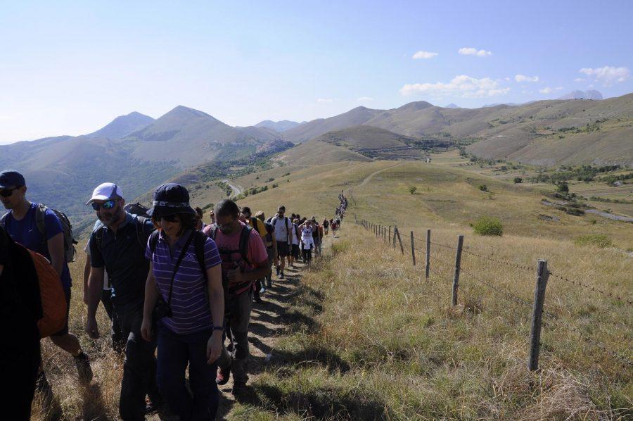 In trekking per raggiungere il luogo del concerto (ph. Ivan Masciovecchio)