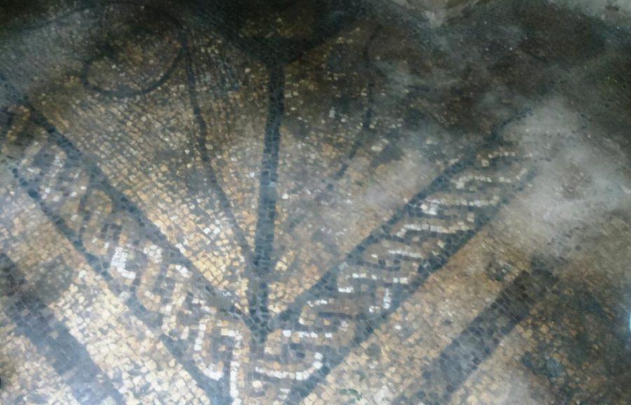Parte dei mosaici rinvenuti nel sito archeologico di Cluviae (ph. Ivan Masciovecchio)
