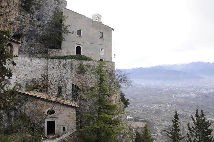 L'Eremo di Sant'Onofrio al Morrone (ph. Ivan Masciovecchio)
