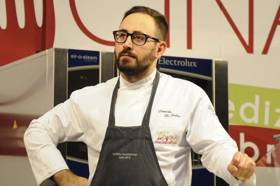 Davide Di Fabio sul palco del Meet In Cucina 2016 (ph. Ivan Masciovecchio)
