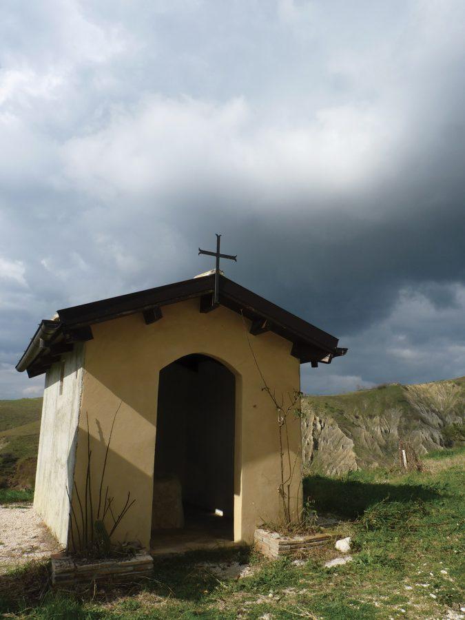 piccola chiesetta dedicata alla pietra di San Paolo di Tarso