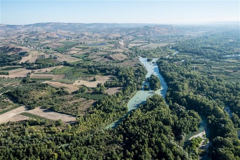 L'Oasi di Serranella vista dall'alto (ph. sito sangroaventinoturismo.it)