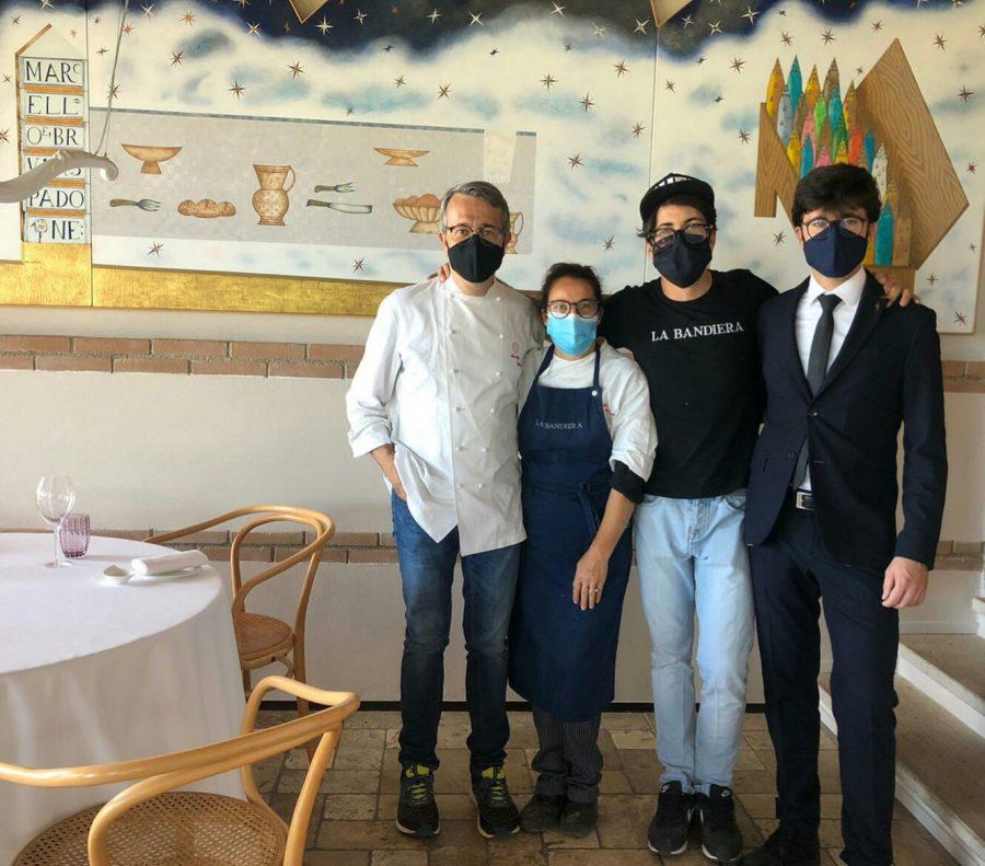 La famiglia Spadone con mascherina (ph. Ivan Masciovecchio)