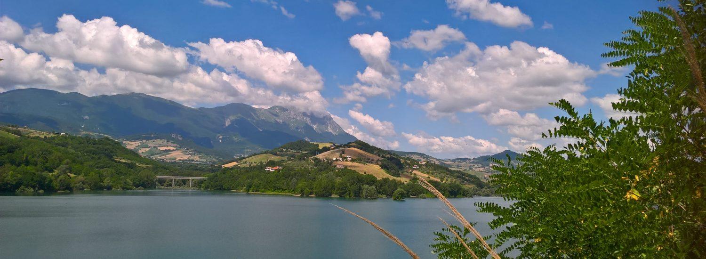 01-abruzzo-lago-di-penne.jpg