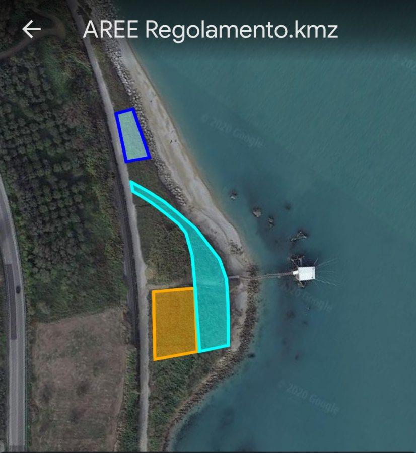 Aree tipologia B (perimetro celeste), C (ocra), D (blu) previste davanti al trabocco Mucchiola