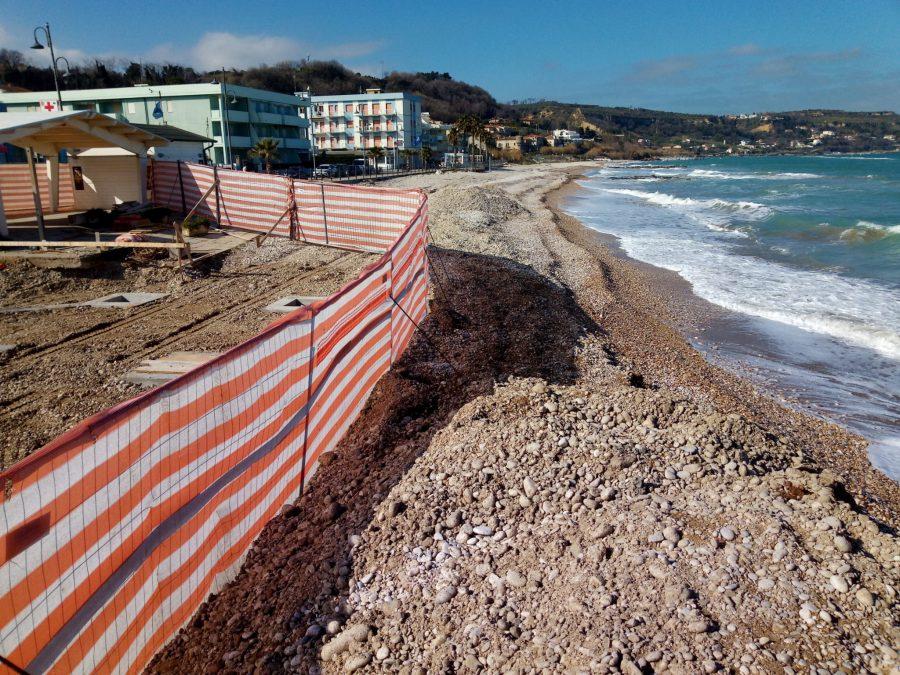 Nuovo stabilimento in costruzione sulla spiaggia di Fossacesia